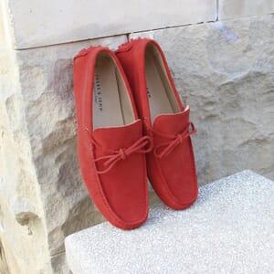 vue posee mocassins lacets homme cuir daim rouge jules & jenn
