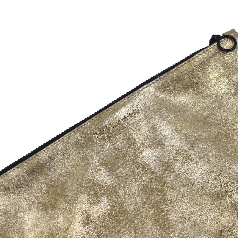 vue dessus pochette cuir dore metallise grand modele jules & jenn