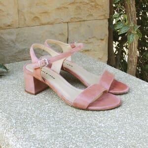 vue posee sandales à talon cuir daim rose jules & jenn