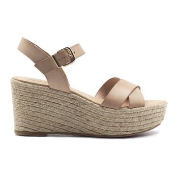 vue exterieure sandales compensees cuir beige jules & jenn