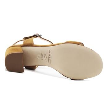 vue dessous sandales à talon cuir daim camel jules & jenn