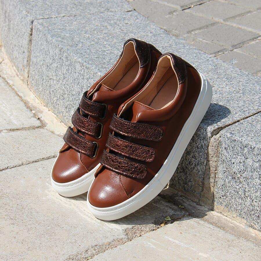 Baskets à scratch cuir marron