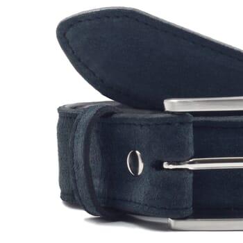 gros plan ceinture classique cuir daim bleu jules & jenn