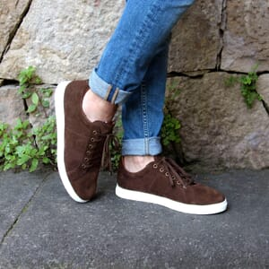vue portée baskets made in france cuir daim marron JULES & JENN