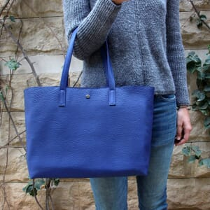 sac cabas cuir souple graine bleu royal jules & jenn
