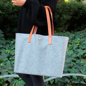 vue portée sac cabas drap de laine gris JULES & JENN