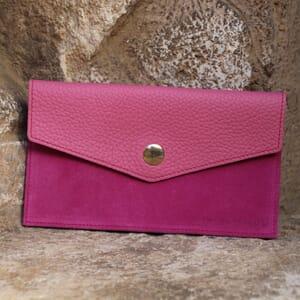 vue extérieur pochette enveloppe cuir grainé upcyclé rose jules & jenn
