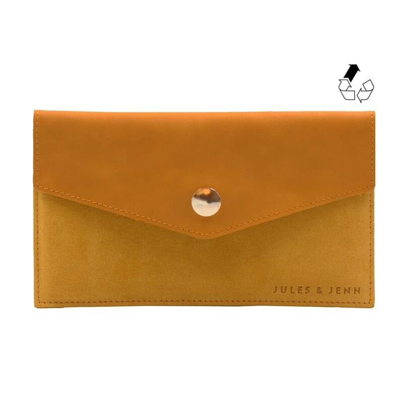 pochette enveloppe cuir upcyclé moutarde jules & jenn