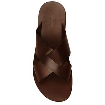 vue dessus sandales croisees homme cuir marron jules & jenn