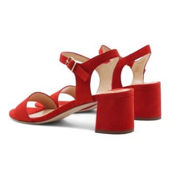 vue arriere sandales moyen talon cuir velours rouge jules & jenn