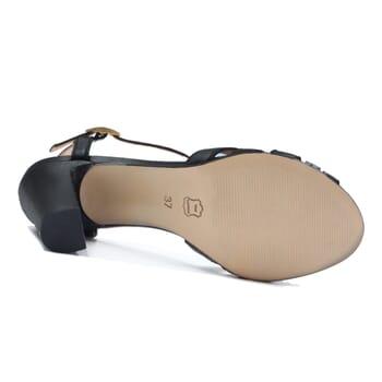 vue dessous sandales talon brides cuir noir jules & jenn