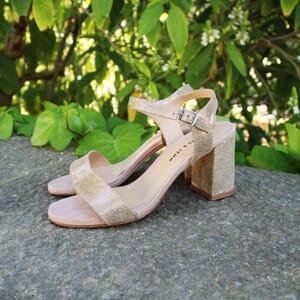 vue portee sandales talon cuir metallise dore jules & jenn