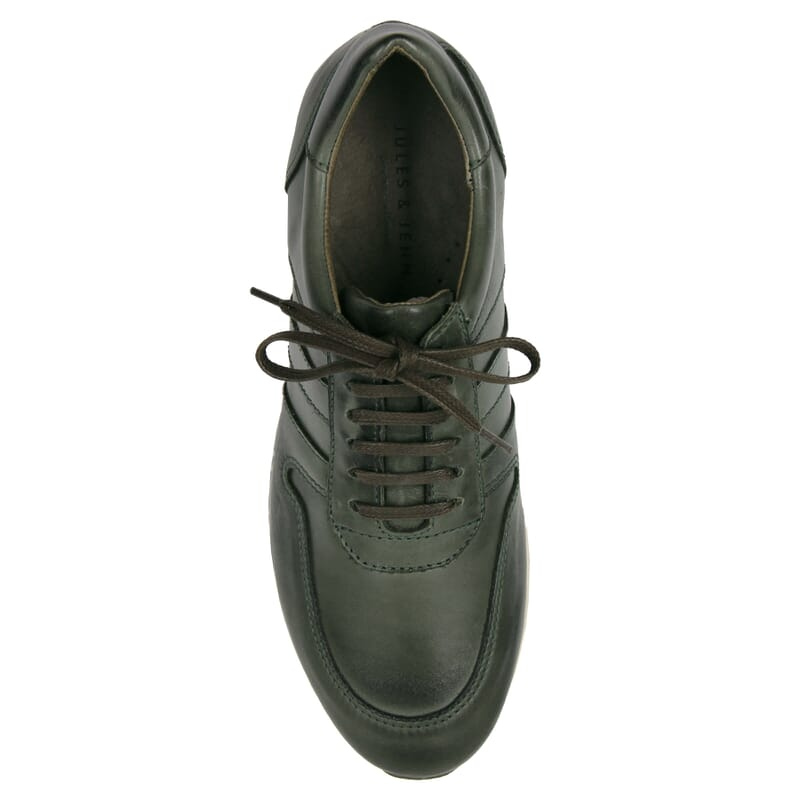 vue dessus sneakers cuir vert JULES & JENN