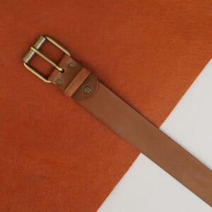 vue posee ceinture week-end cuir cognac jules & jenn