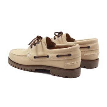 vue arriere chaussure bateau crampons cuir beige jules & jenn