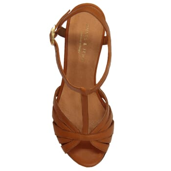 vue dessus sandales talon brides cuir camel jules & jenn