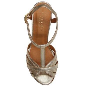 vue dessus sandales talon brides cuir metallise dore jules & jenn