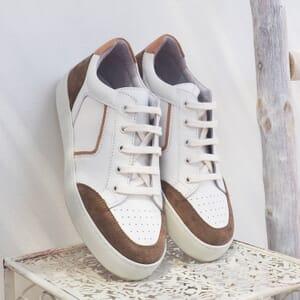 vue posee baskets retro femme cuir blanc & taupe jules & jenn