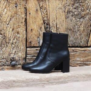 vue posee bottines talon essentielles cuir noir jules & jenn