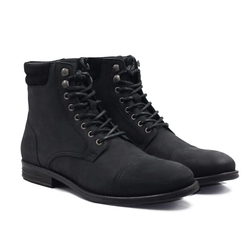 vue de face de la rangers boots à col cuir nubuck noir jules & jenn