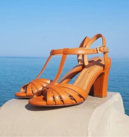 sandales talon a brides pour femme en cuir camel jules & jenn